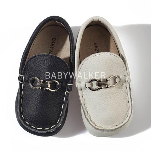 Δερμάτινο loafer με αγκράφα
